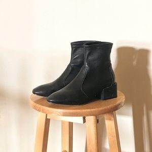STUART WEITZMAN Accordion Ankle Boot Black
